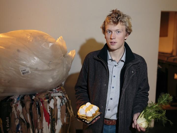 Fredrik brukte 100 kroner på mat i oktober