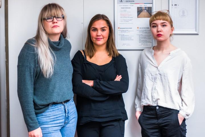 Eirin, Ingvild og Anna frykter for studiet sitt