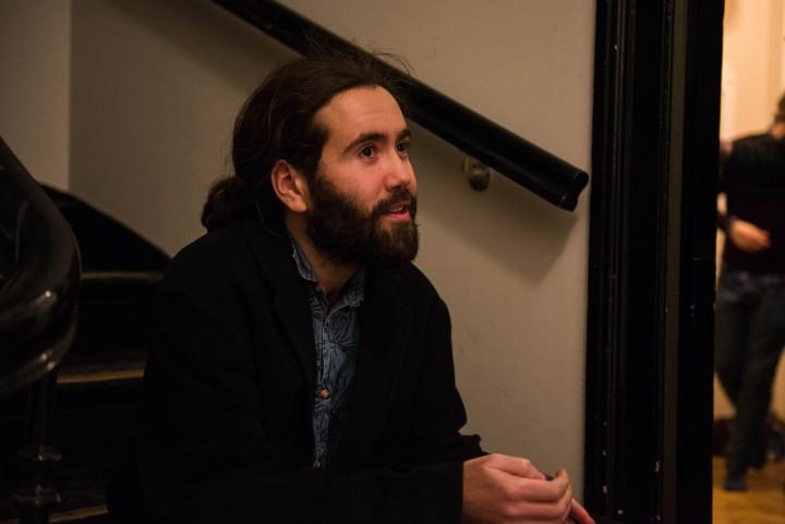 Anders (25) arrangerte festival hjemme